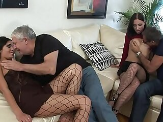 EXTREME SEX BY MATURE VUBADO COUPLES !!