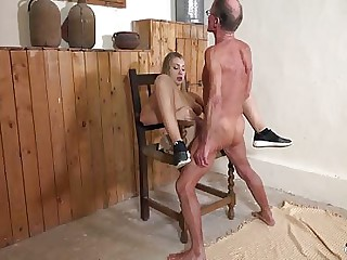 Wrinkled old man fucks hot young girl pussy with deepthroat