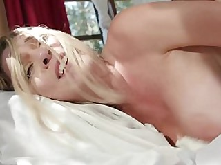 Hung Brother Bangs Sexy Teen Step Sister With Huge Tits