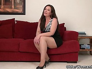 American milf Sonnick gets turned on by wearing pantyhose without undies (brand NEW video available in Full HD 1080P). Bonus video: USA milf Katrina.